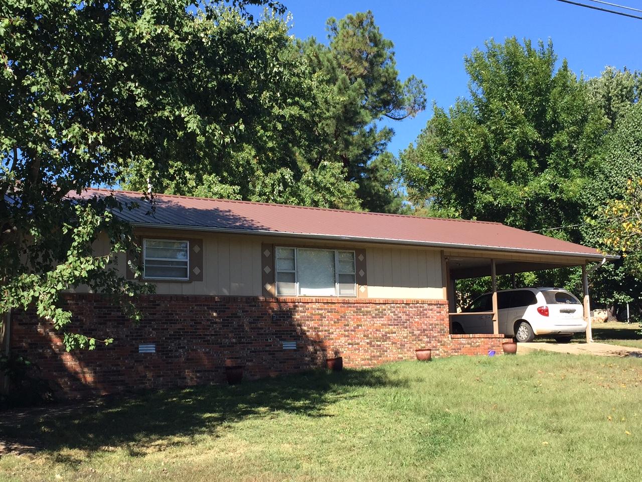 100  Circle Drive, Viola, Arkansas 72583