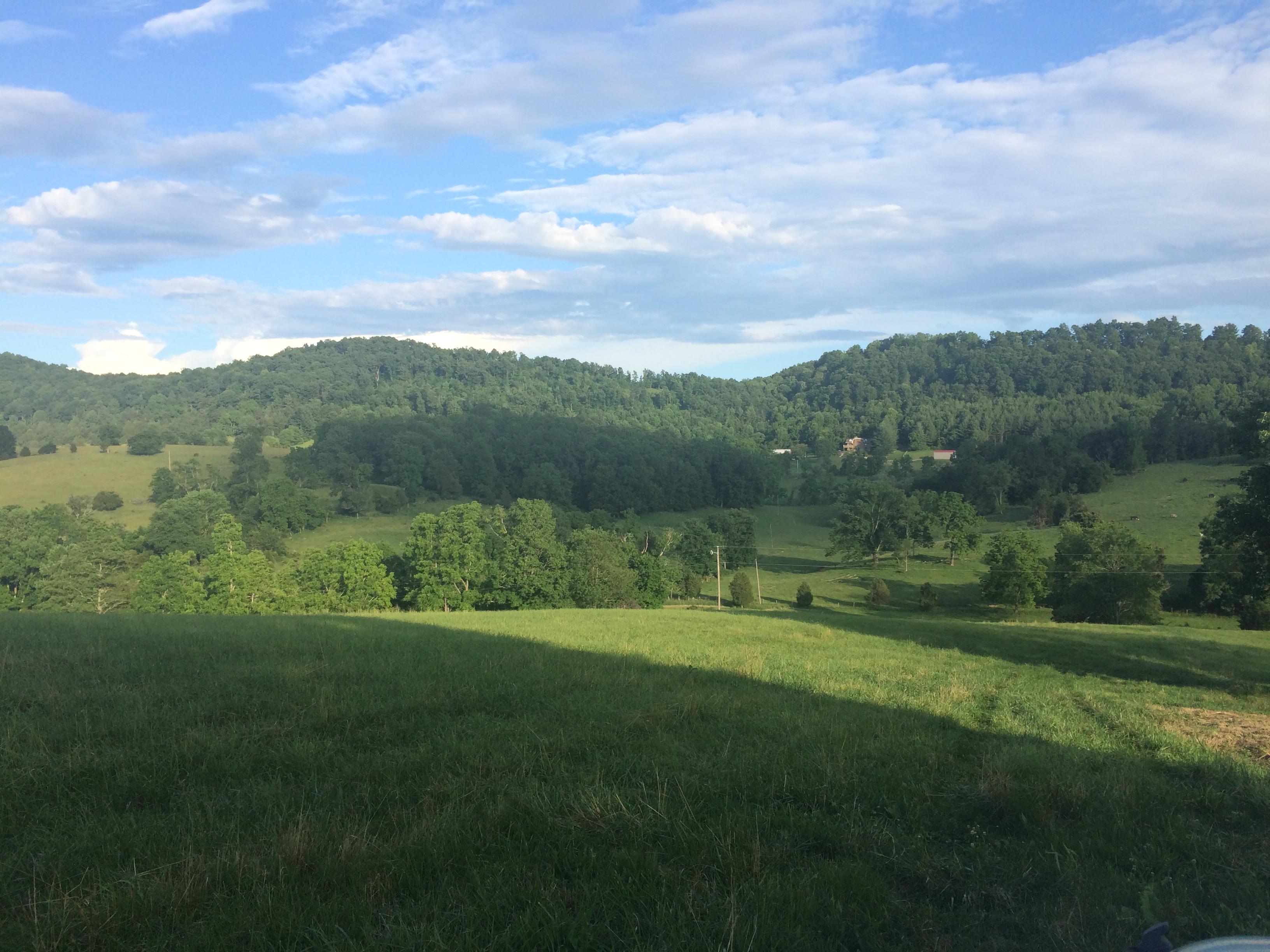 000 Hogback Road, Wytheville, Virginia 24382