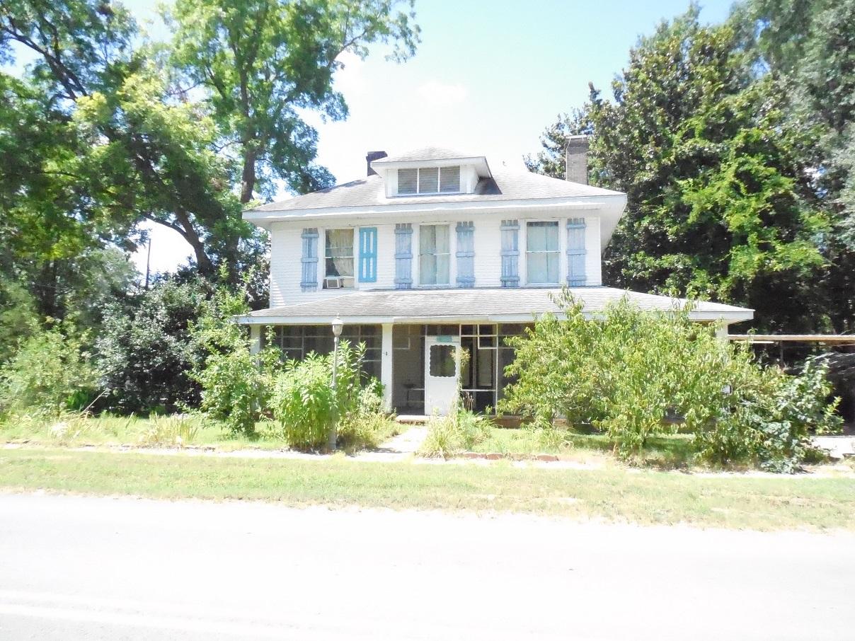 402 W. Ruby, Stephens, Arkansas 71764