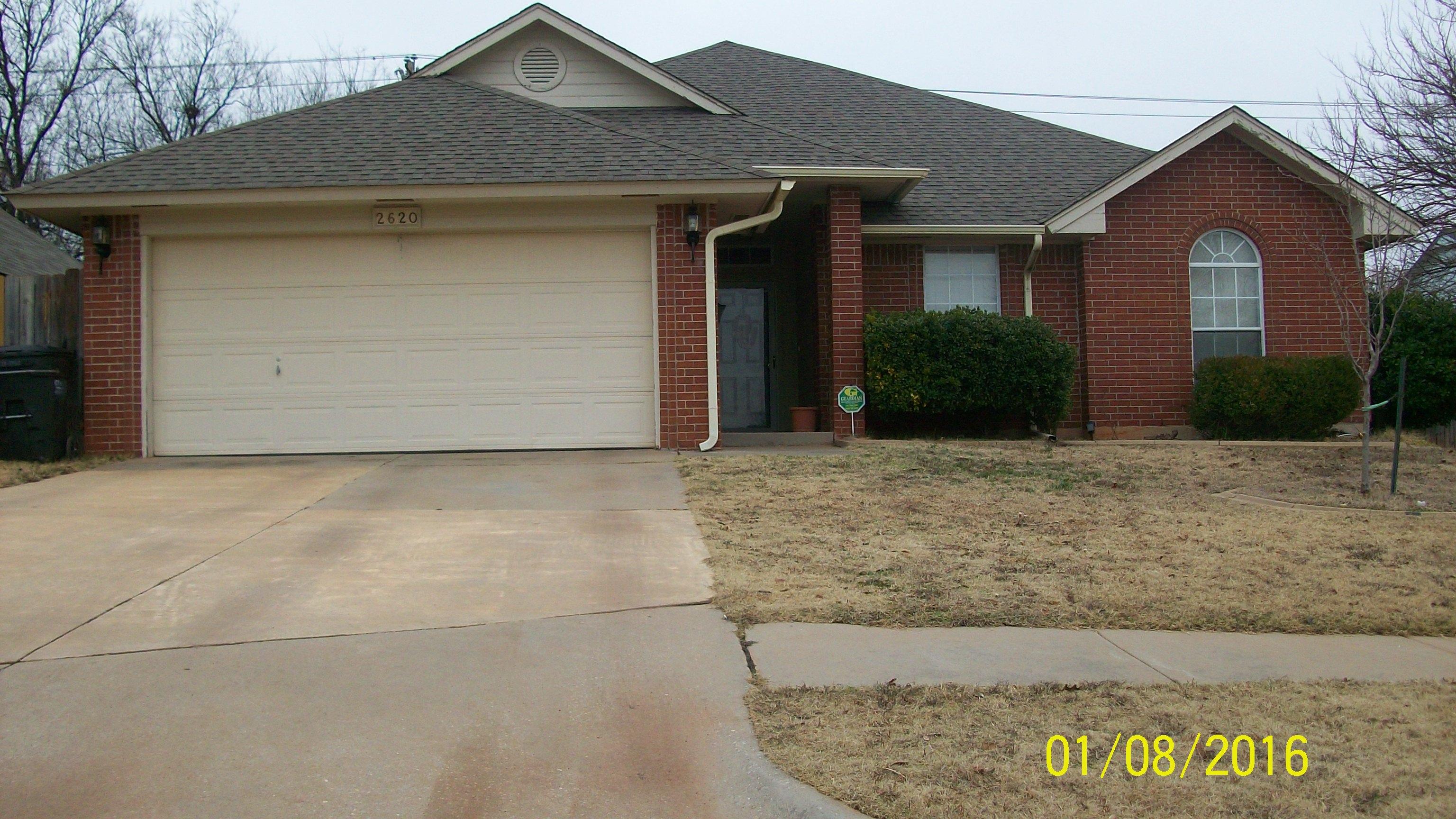 2620 East Hills Dr, Moore, Oklahoma 73160