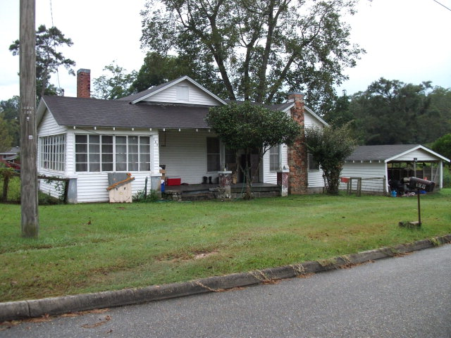 109 Southern Oak Drive, Opp, Alabama 36467