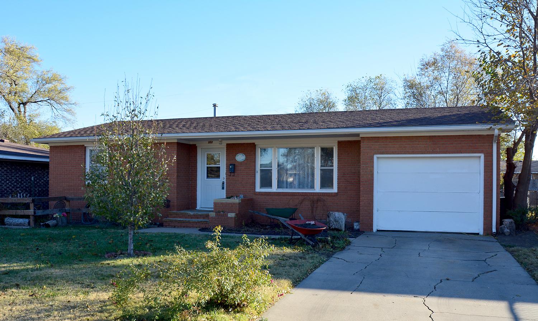 908 Howerton, Garden City, KS 67846