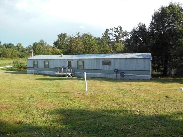 10591 Bungalow St, Clinton, Missouri 64735