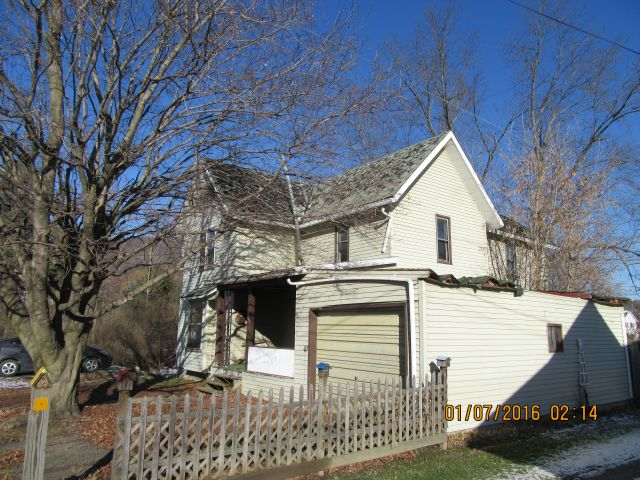 211 Maple St., Knoxville, PA 16928