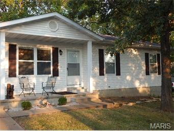 126 N Bernhardt, Gerald, Missouri 63037