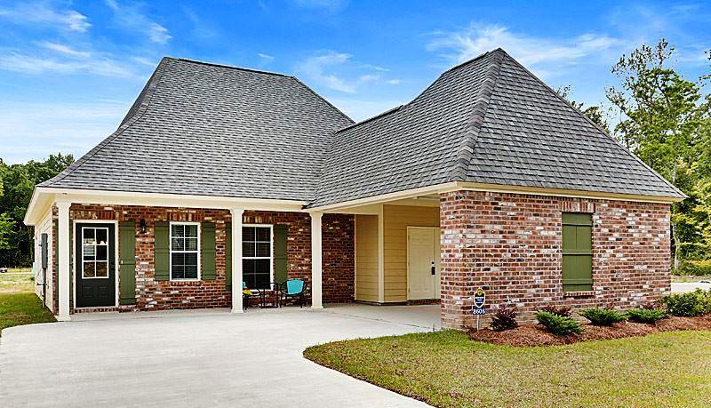 8643 Forestwood Ave., Baton Rouge, Louisiana 70812