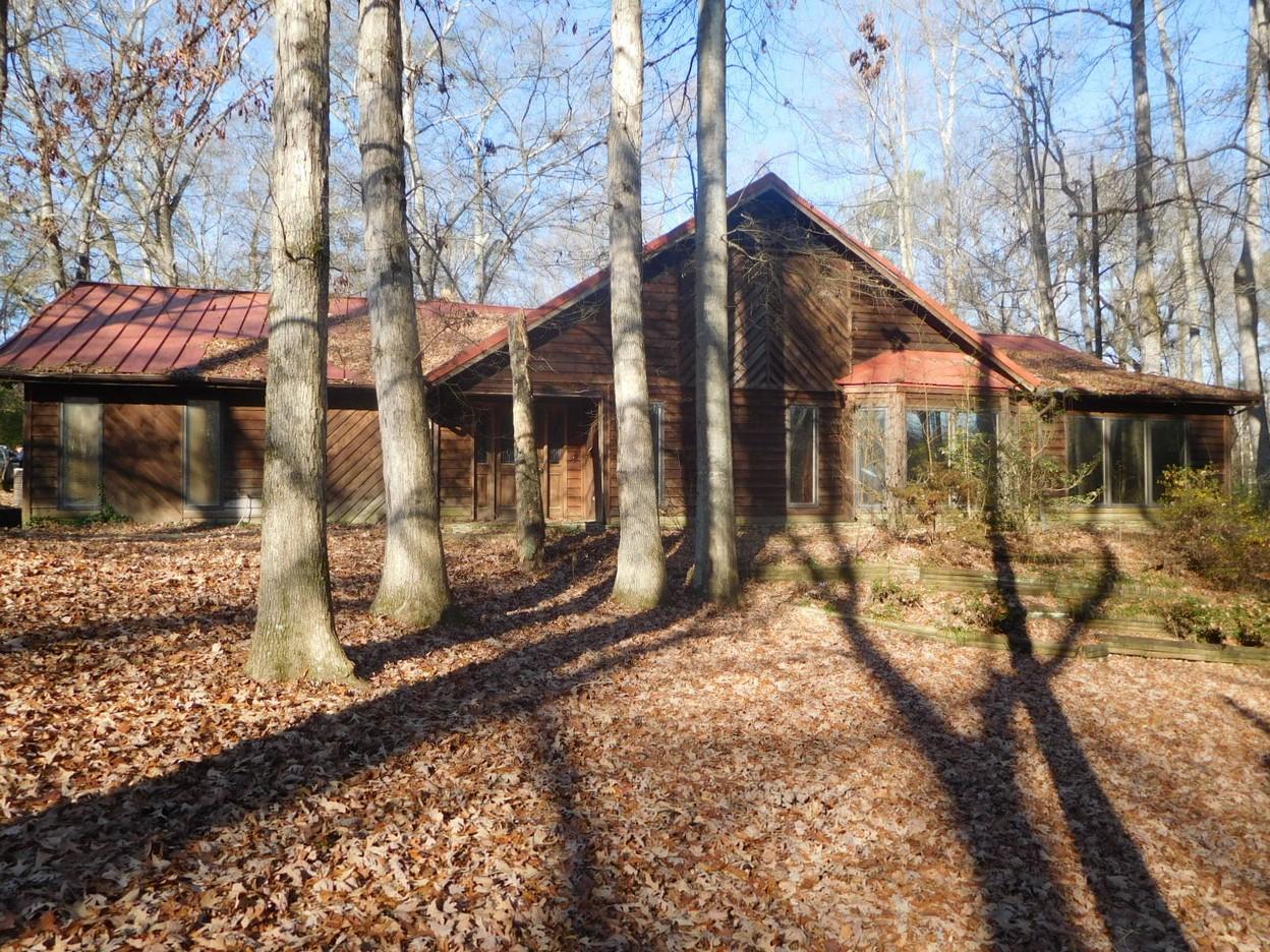 1108 SHADY CREEK CR, Boaz, Alabama 35957