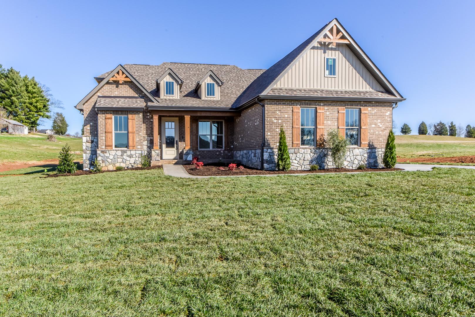239 Morganton Cove Road, Greenback, Tennessee 37742