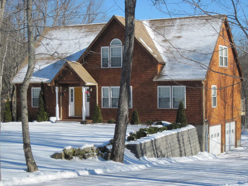 52 Chelsea Court, Henniker, New Hampshire 03242