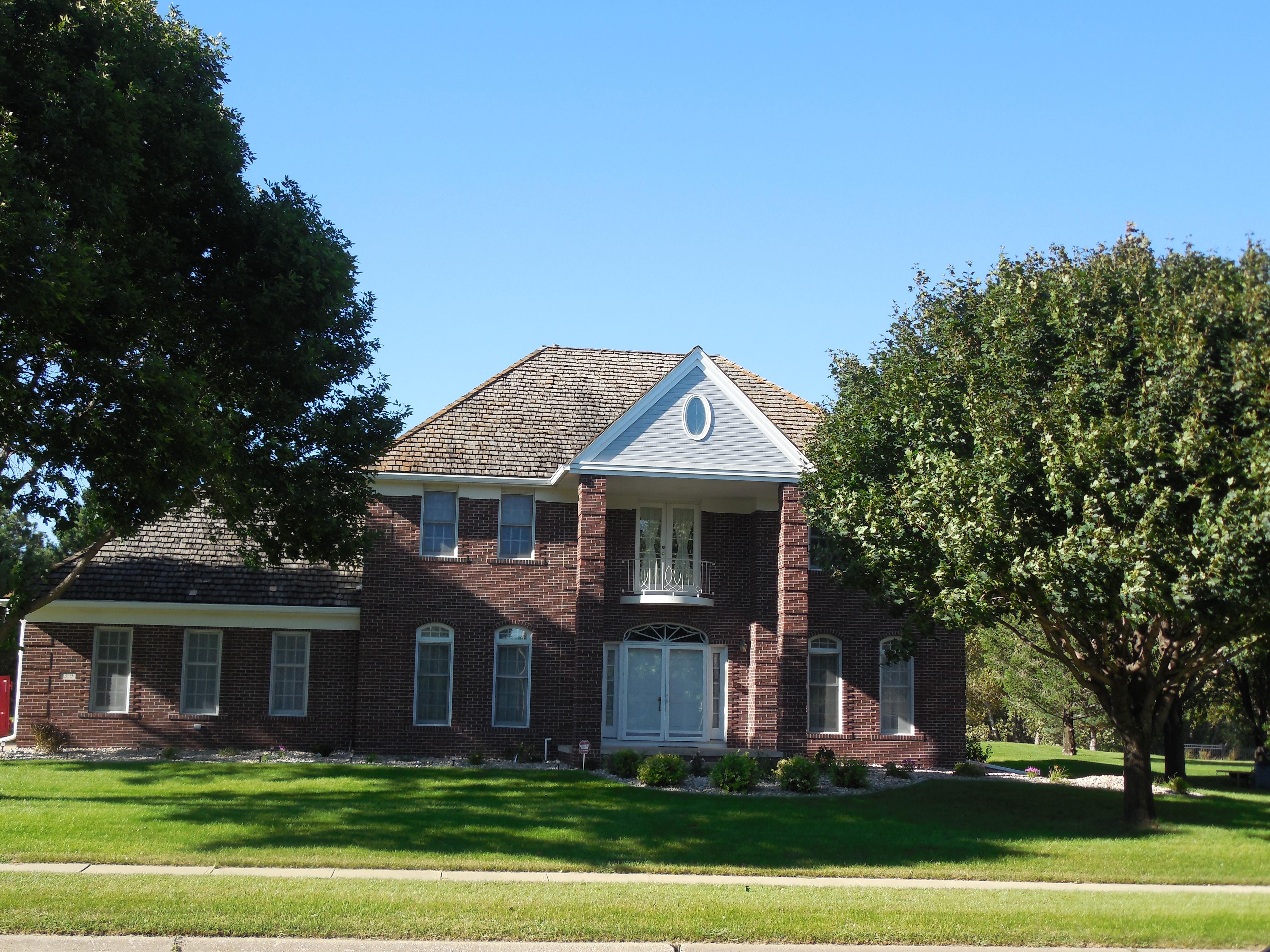 1379 Fox Ridge Trail, Sioux City, Iowa 51104
