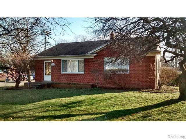 31711 Warren, Garden City, Michigan 48135