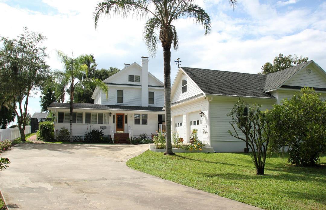 709 1st Ave, Welaka, Florida 32193