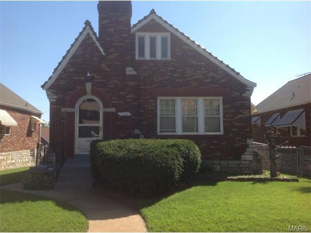 1264 Mclaran AVE, St Louis, MO 63147