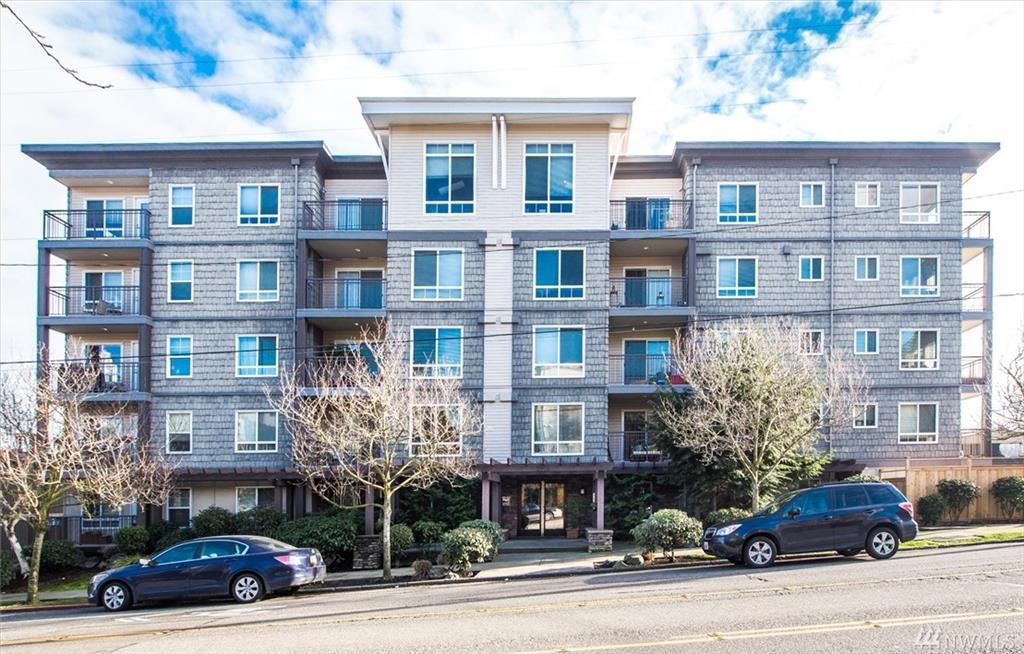 3015 SW Avalon Wy #105, Seattle, WA 98126