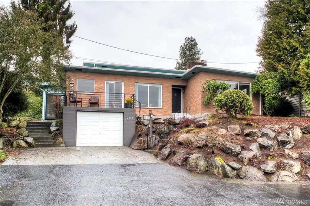 7809 S Sunnycrest Rd, Seattle, WA 98178