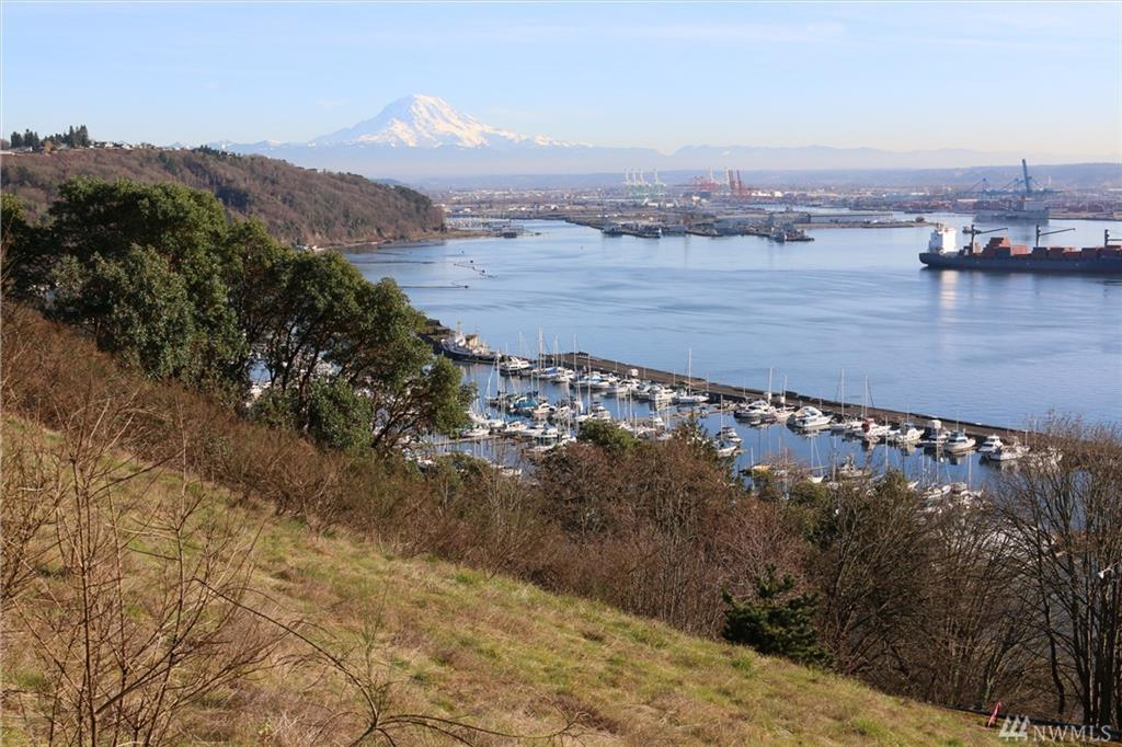 48 xx Heron Ridge Dr NE, Tacoma, WA 98422