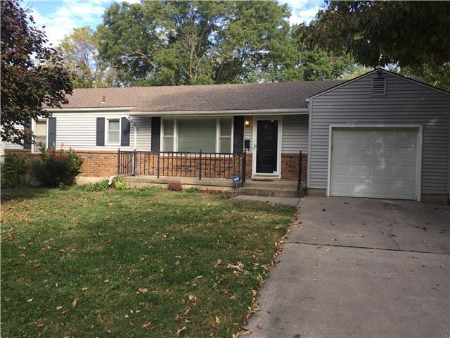 1713 SW Moore Street, Blue Springs, MO 64015