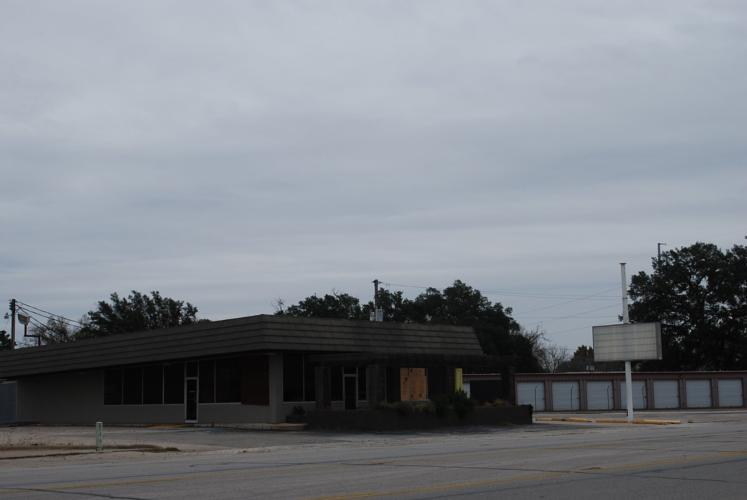 1713 Hwy 71 S, Columbus, TX 78934