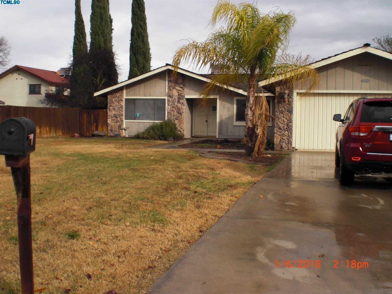 460 Orangewood Dr, Lemoore, CA 93245