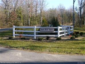 High Bluff Ln, Barhamsville, VA 23011