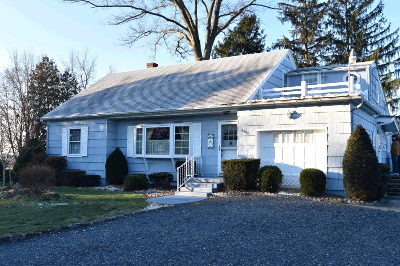 2400 Allentown Road, Quakertown, PA 18951