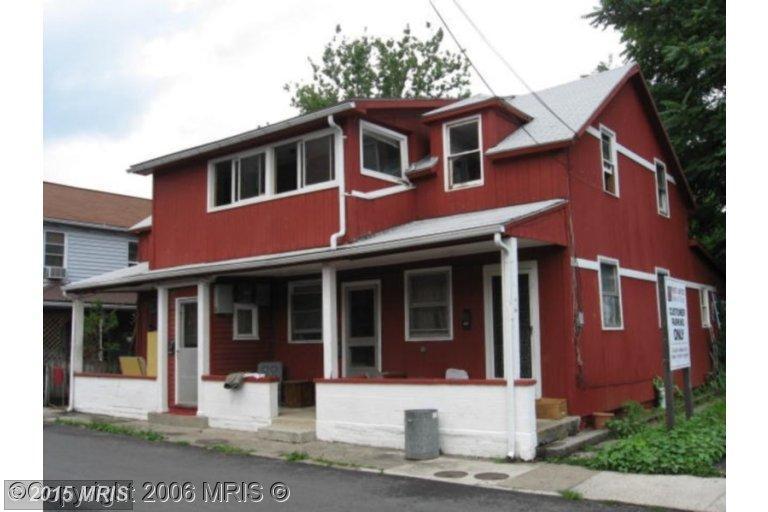 57 PAXTON St, Piedmont, WV 26750