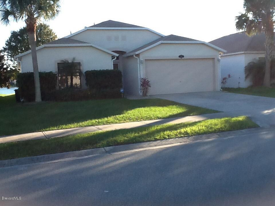 631 Benton Dr, Melbourne, FL 32901