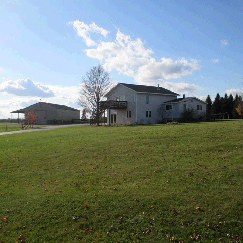 2195 Willow Dr, Eland, WI 54427