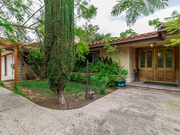 221 Dovary Rd, Cula Vista, California 91910
