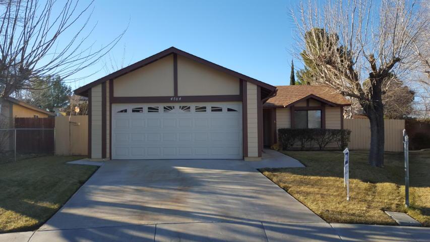 4704 Karling Pl, Palmdale, CA 93552