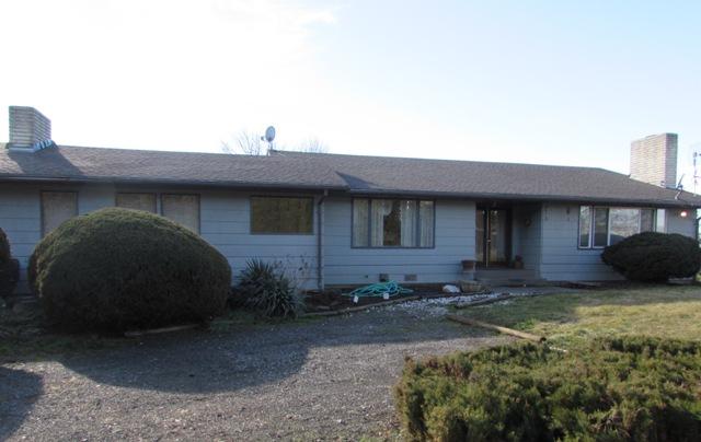 520 N Hornby Rd, Grandview, WA 98930