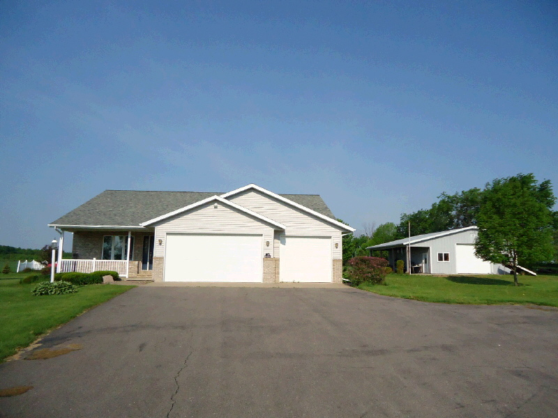 14164 72nd Ave, Merrill, WI 54452