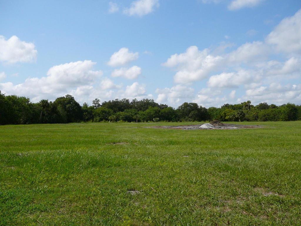 5245 Edwards Rd, Fort Pierce, FL 34981
