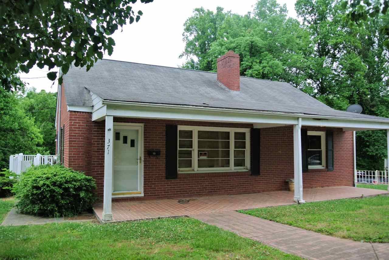 371 South Main St., Rutherfordton, NC 28139