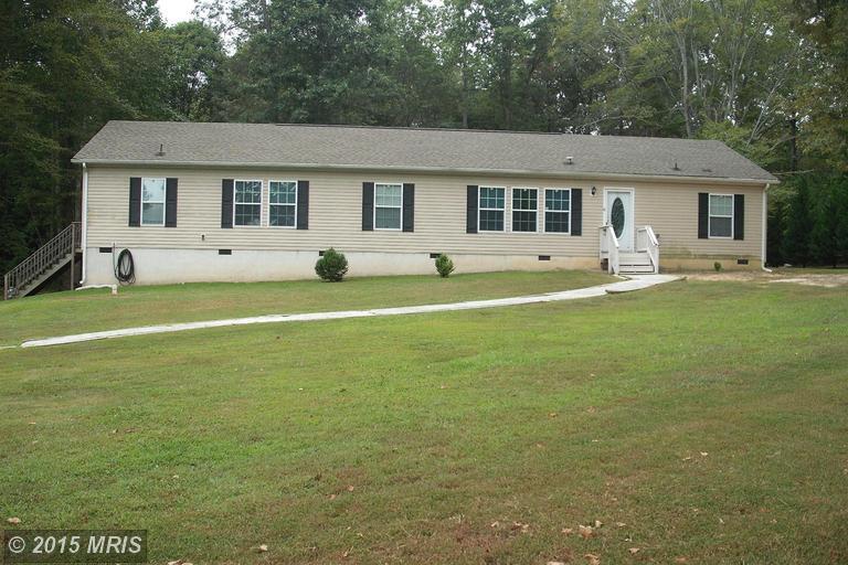 1229 Laurel Springs Rd, Hustle, VA 22476