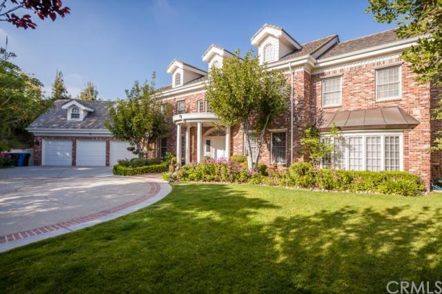 812 Greenridge Drive, La Canada Flintridge, CA 91011