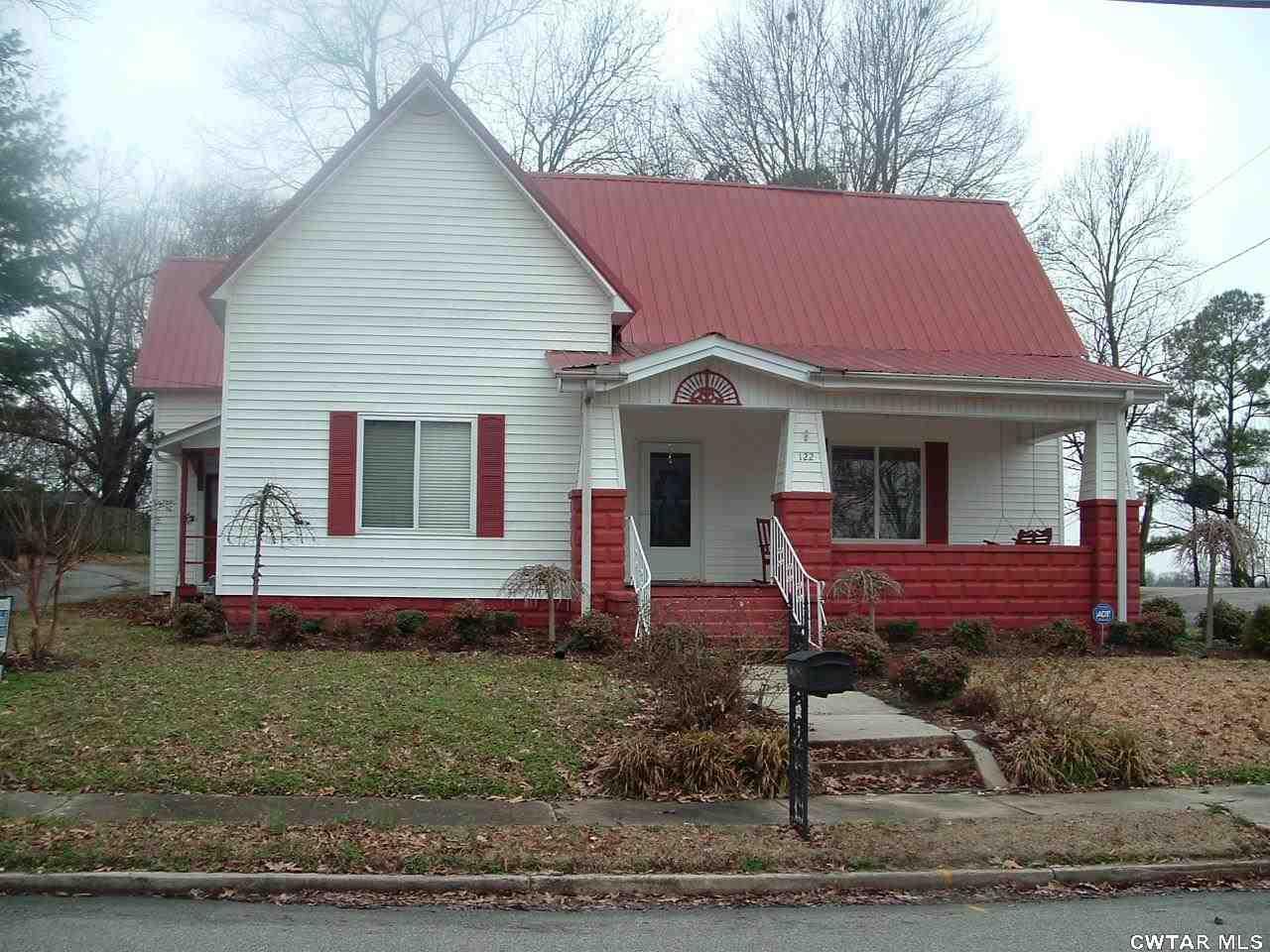 122 Elm St, Dyer, TN 38330