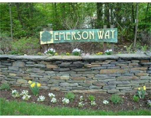 92  Emerson Way, Northampton, MA 01062