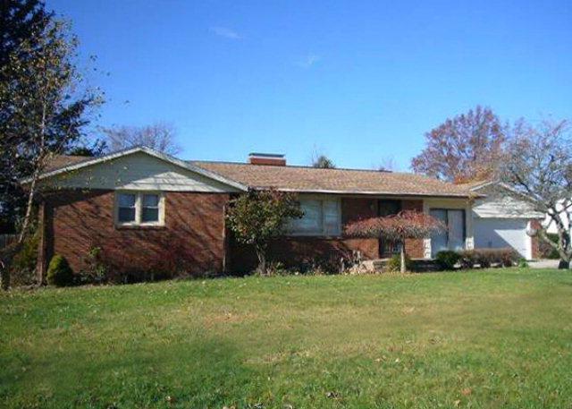 1358  Sharon Road, Mansfield, Ohio 44907