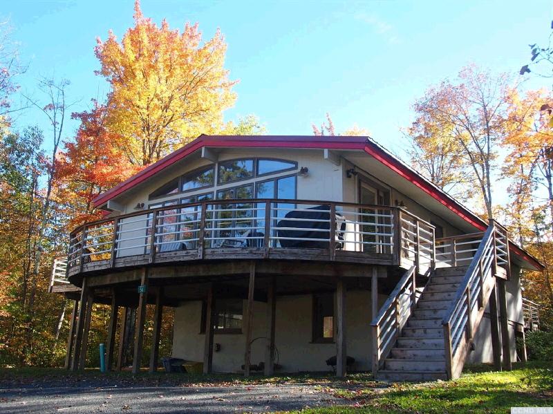 56 Creek Lane, Hunter, NY 12442