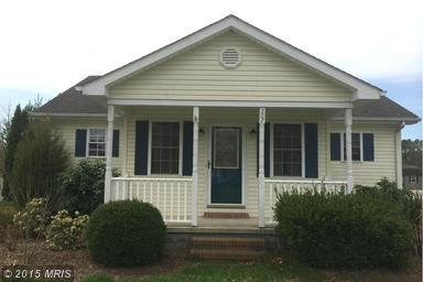 207  Railroad Ave, East New Market, MD 21631
