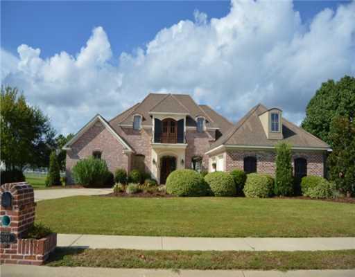 2004  Bent Oaks Boulevard, Biloxi, MS 39531