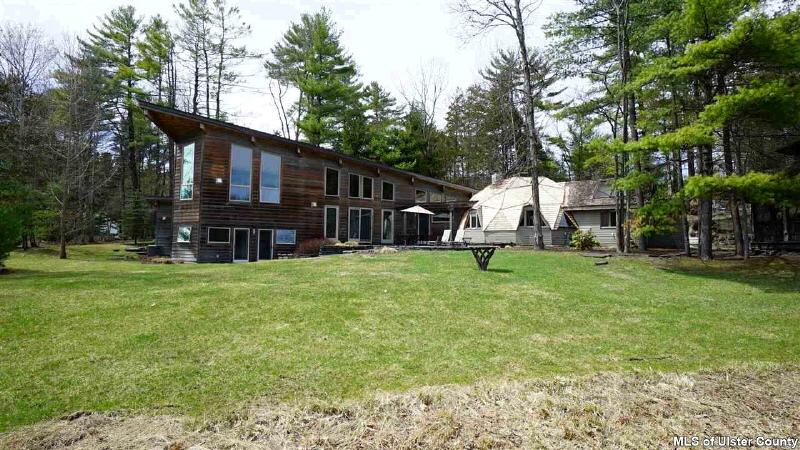 106 Mountain Laurel Lane, Woodstock, NY 12498