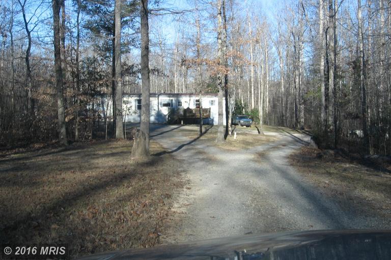 5804 Poplar Creek Ln, Partlow, VA 22534