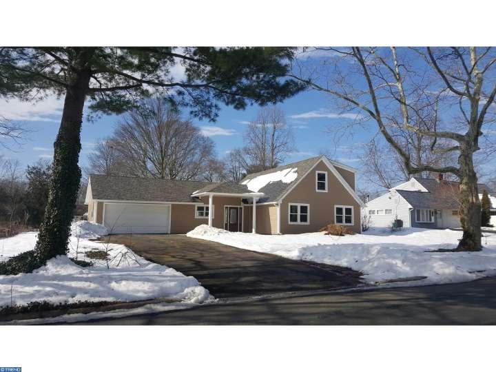 47  Red Ridge Rd, Levittown, PA 19056