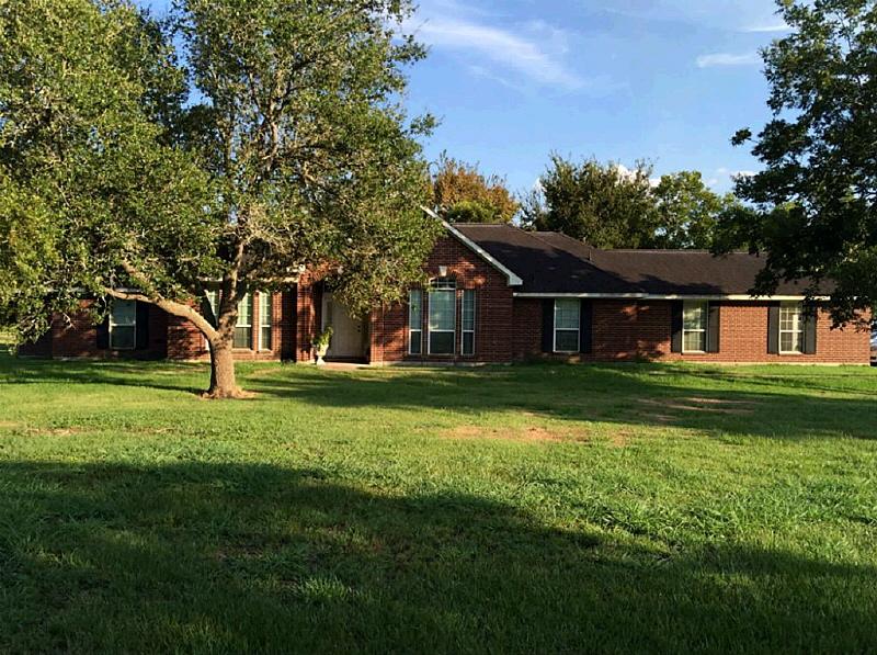 1232 Dyann Dr., Wharton, TX 77488