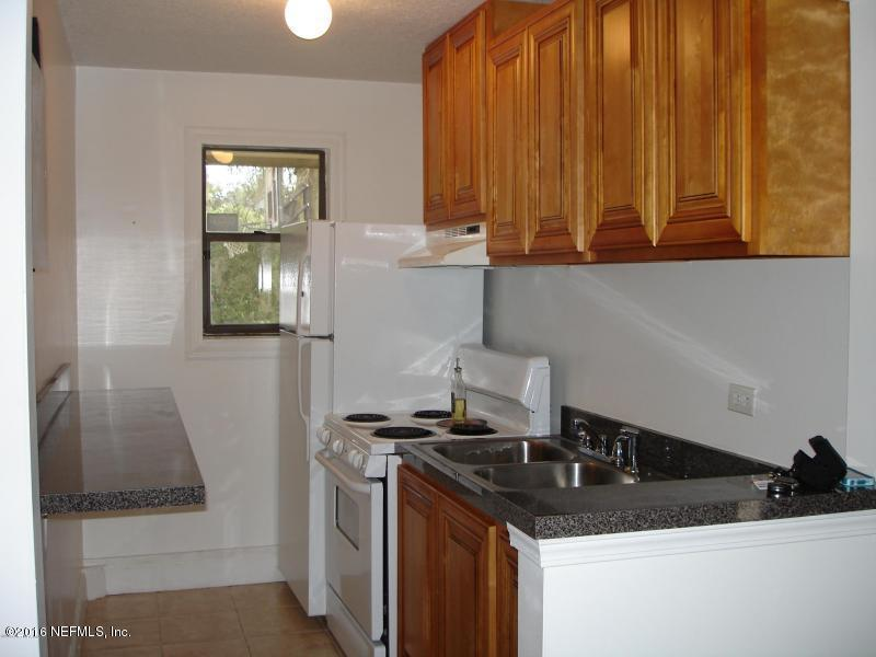 1736  Fruit Cove Woods Dr, St Johns, FL 32259