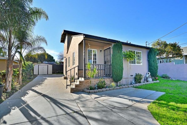 2908 Alta Dr, National City, CA 91950