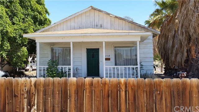 118 E 4th St, Niland, California 92257