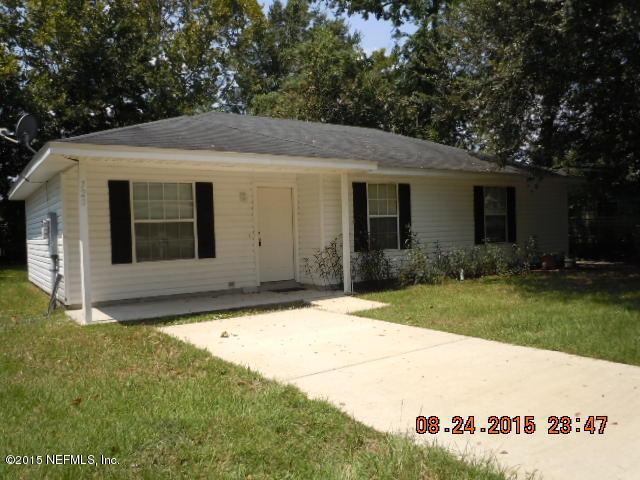 720  West Centerhill Dr, Jacksonville, FL 32254